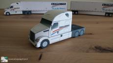 PaperTruckLogo-paper model-freightliner-cascadia-lcv